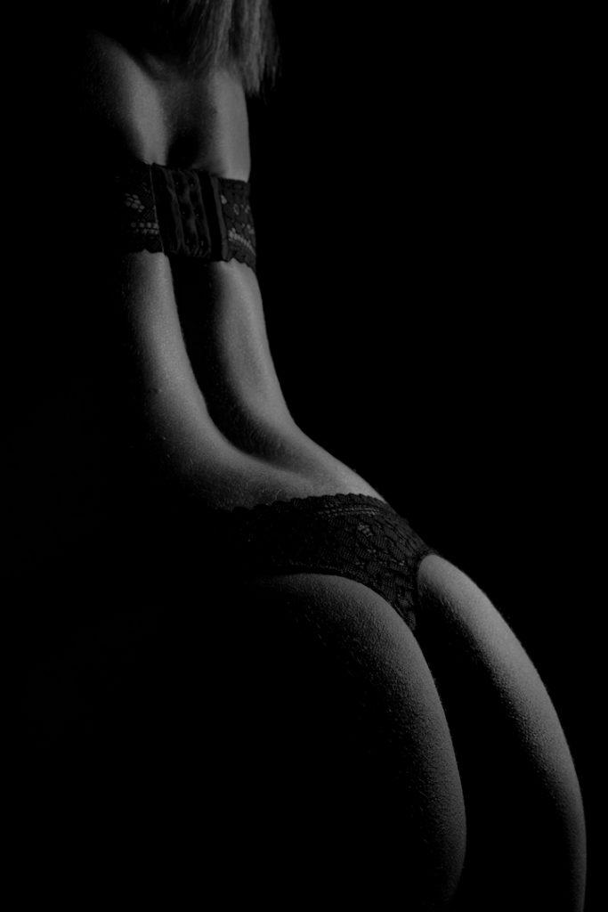 StudioDanslesnuages-Caroline-Boudoir-59-683x1024